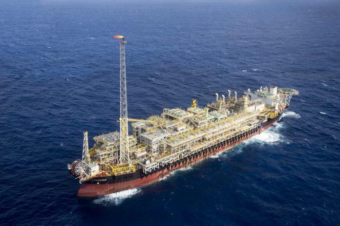 Plataforma FPSO Cidade de Itaguaí é um navio petroleiro adaptado - Foto André Motta/Petrobras