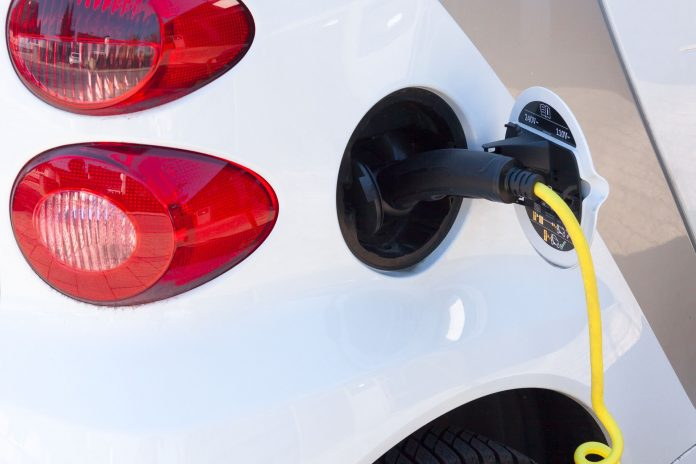 Empresas ampliam investimentos na troca de motores a diesel por elétricos
