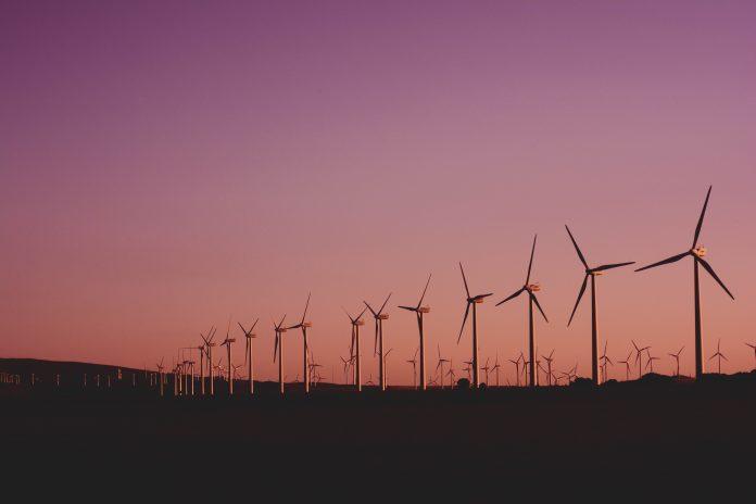 Mercado de energia em alta puxa profissionais do setor