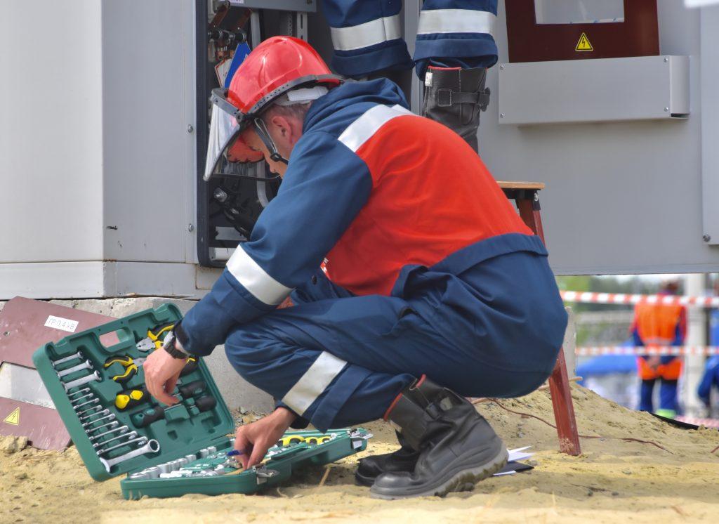 Especialista apresenta soluções para manutenções de instalações elétricas industriais